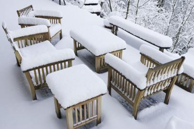 Preparing Patio Furniture For Summer And Winter Rains - Summer furniture